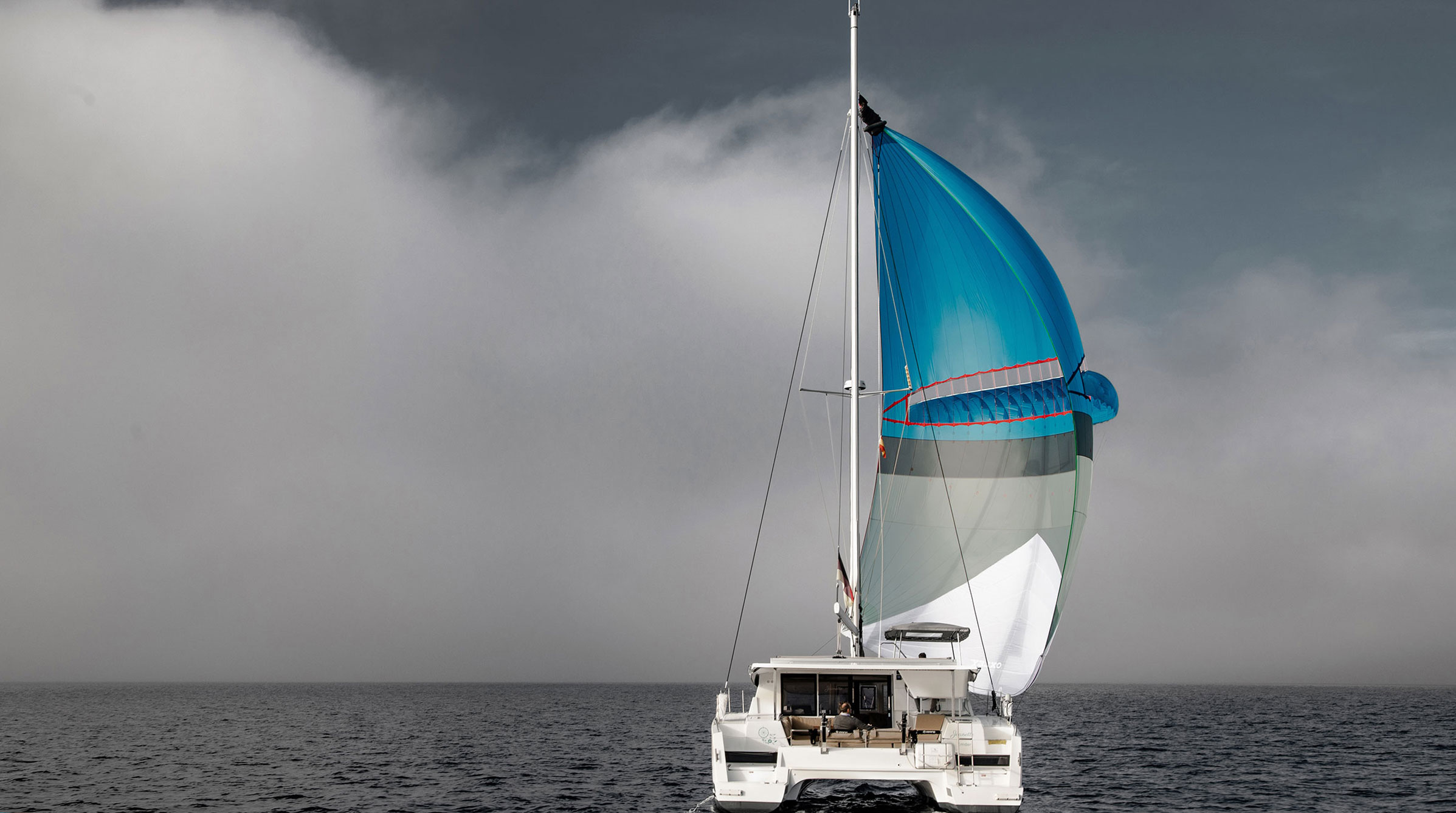 levante self stabilizing sail
